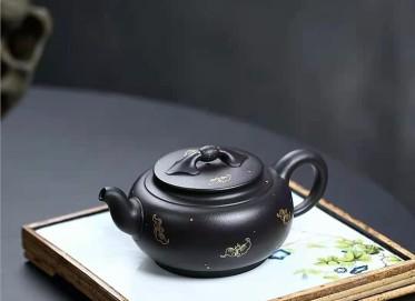 许华芳紫砂壶作品 黑料好运连连壶360CC手工正品价位