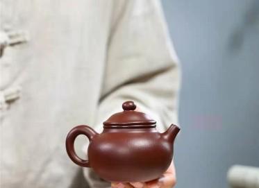 杨鹏紫砂壶作品 石红料容天壶230CC手制真品价值
