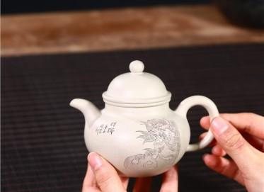 周莹紫砂壶作品 玉段泥祥瑞掇球壶210CC纯手工正品行情