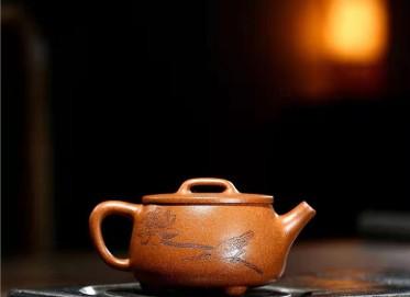 朱正琴紫砂壶作品|蟹黄段泥大口石瓢壶250CC纯手工正品价格表