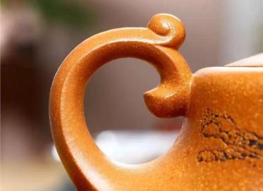 黄卫民紫砂壶作品|蟹黄段泥龙舟壶410CC全手工真品价格