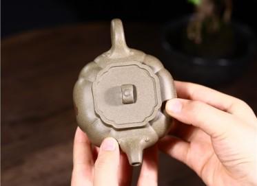 徐勤紫砂壶作品|原矿青段泥菱花如意壶270CC手制真品价格表