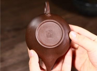 徐勤紫砂壶作品|黑金砂笑樱壶230CC手制正品价位