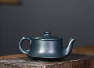 史宗娟紫砂壶作品|墨绿泥曲壶350CC全手工真品价格表