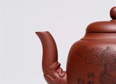 杨慧英紫砂壶作品 原矿底槽清祥龙抱柱壶300CC全手工真品价格表