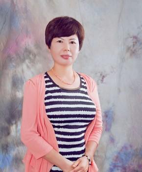 紫砂壶工艺师鲍民军名家照片