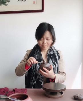 紫砂壶工艺师史文英名家照片