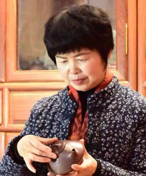 紫砂壶工艺师宗文兵名家照片