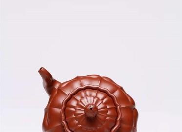 杨慧英紫砂壶作品 原矿大红袍菱花壶300CC手制正品多少钱