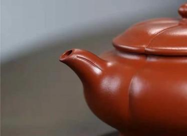 许华芳紫砂壶作品|原矿朱泥六合壶160CC手工真品行情