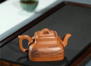 刘莹紫砂壶作品 蟹黄段泥古韵水乡壶300CC手制真品价位