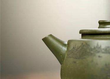 蒋亚平紫砂壶作品|原矿绿泥清泉壶350CC手工正品多少钱