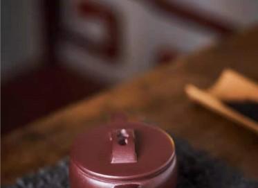 周云紫砂壶作品 石红泥汉瓦壶230CC纯手工真品价格表