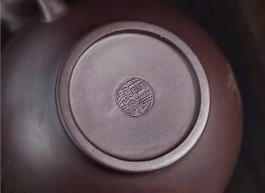王芳紫砂壶作品|原矿紫泥梅报春壶450CC手制真品价格表