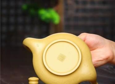 刘政紫砂壶作品|芝麻段泥晨曲壶380CC全手工真品价格