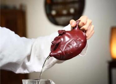 谈敏紫砂壶作品 石红泥扁鱼化龙壶400CC全手工正品价格表