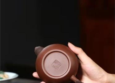 许华芳紫砂壶作品|原矿紫泥知秋壶330CC手制正品价格表