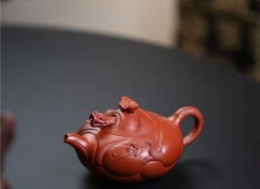 许华芳紫砂壶作品|原矿朱泥鱼化龙壶280CC手制正品价格