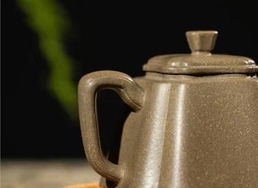 范微琴紫砂壶作品 龙背青抽角菱花壶150CC手工真品价值