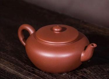 范秋琴紫砂壶作品 扁珠壶 清水泥 260cc 光器 工艺美术师 范秋琴紫砂壶价格,多少钱