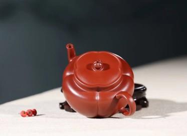 杨军保紫砂壶作品 菱花海棠壶 原矿大红袍 140cc  工艺美术师 杨军保紫砂壶价格,多少钱