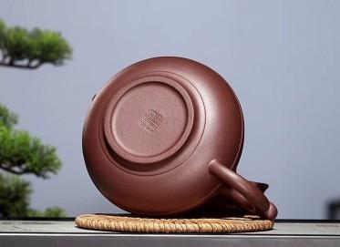 陈顺根紫砂壶作品 如意线圆壶 原矿老紫泥 320cc  高级工艺美术师 陈顺根紫砂壶价格,多少钱