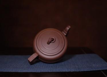 杨国琴紫砂壶作品 集玉壶 原矿极品紫泥 240cc  工艺美术师 杨国琴紫砂壶价格,多少钱
