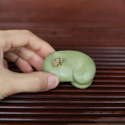 紫砂茶宠 蚕豆喷水青蛙