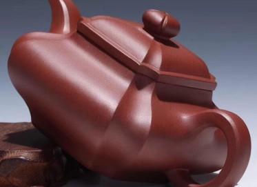 杨军保紫砂壶作品 抽角四方壶 原矿底槽清 315cc 方器 工艺美术师 杨军保紫砂壶价格,多少钱