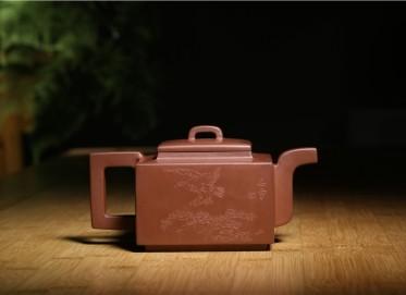 束旦生紫砂壶作品 亚明四方壶 底槽清 520CC 研究员级高级工艺美术师 亚明四方紫砂壶价格,多少钱