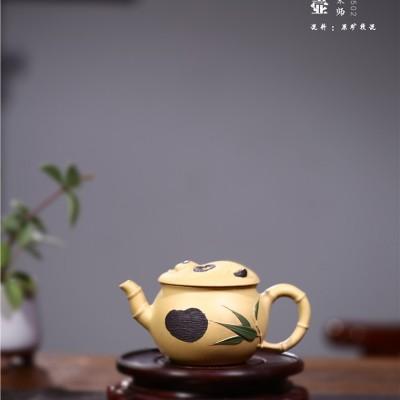 顾旭英作品 国宝壶