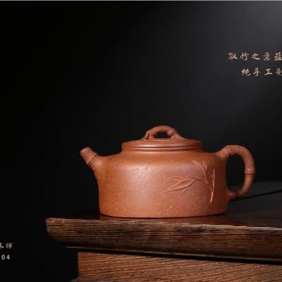 李卢春作品 容竹