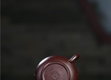 张雪军紫砂壶作品 紫朱泥妙香壶 300CC 国家级工艺美术师 张雪军紫砂壶价格,多少钱