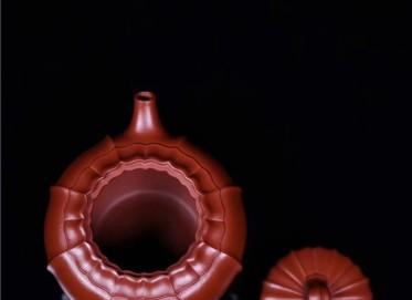 范泽锋紫砂壶作品 原矿大红袍禅墩.唯心壶 240CC 研究员级高级工艺美术师 范泽锋紫砂壶价格,多少钱