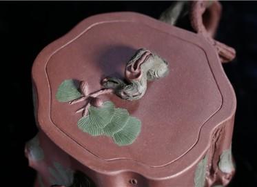徐勤紫砂壶作品 原矿紫泥松桩壶 240CC 国家级高级工艺美术师 徐勤紫砂壶价格,多少钱