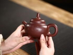 为什么紫砂壶的价格差别那么大