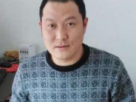 宜兴紫砂名家邱永新照片