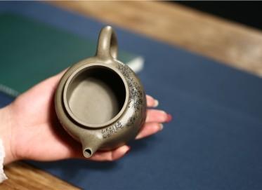 潘俊紫砂壶作品 原矿青灰泥高德钟壶 340CC 国家级工艺美术师 潘俊紫砂壶价格,多少钱