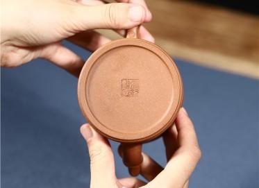 许冠新紫砂壶作品 原矿段泥高竹段壶 250CC 工艺美术员 许冠新紫砂壶价格,多少钱