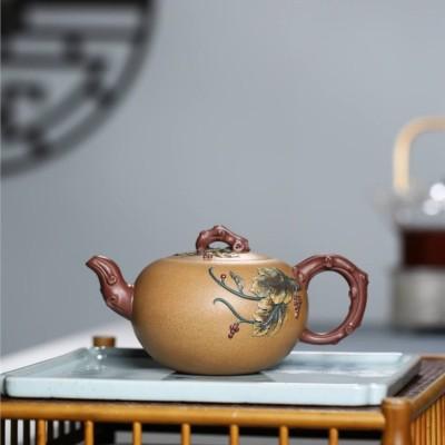 蒋惠娟作品 葡萄壶