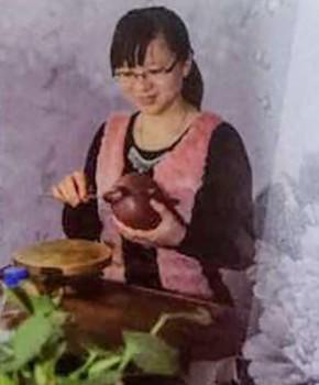 紫砂壶工艺师徐云名家照片