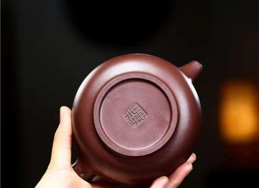 朱正琴紫砂壶作品|原矿紫泥喜上眉梢壶430CC手工正品行情