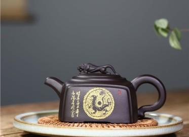 周莹紫砂壶作品|石黄泥威震四方壶370CC纯手工正品价格表