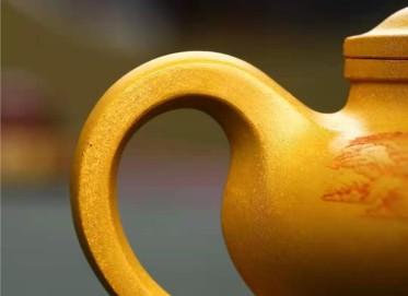 朱正琴紫砂壶作品|原矿黄金段泥六方宫灯壶280CC手工正品价值