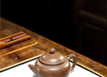 朱正琴紫砂壶作品|原矿段泥龙御水平壶200CC手工正品价位