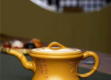 朱正琴紫砂壶作品|原矿黄金段泥腰竹壶320CC全手工正品价值