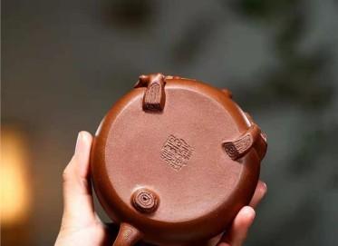 单志萍紫砂壶作品 原矿段泥傲骨壶270CC全手工真品价位