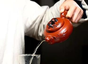 黄卫民紫砂壶作品|原矿大红袍松竹双馨壶360CC全手工真品多少钱