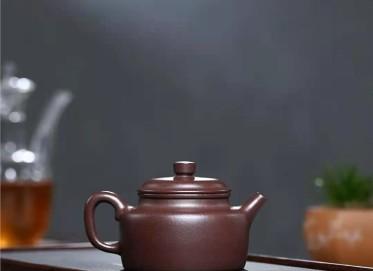 陈亚萍紫砂壶作品 石红料德钟壶260CC全手工真品价值