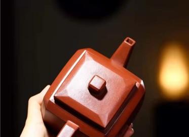 高俊紫砂壶作品 原矿底槽清自在四方壶540CC全手工正品价值